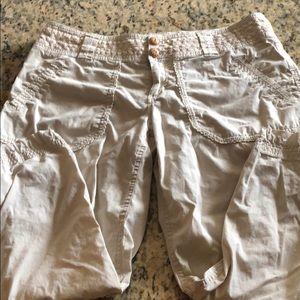 Capri/Ankle Pants.  Organic. Cream color.